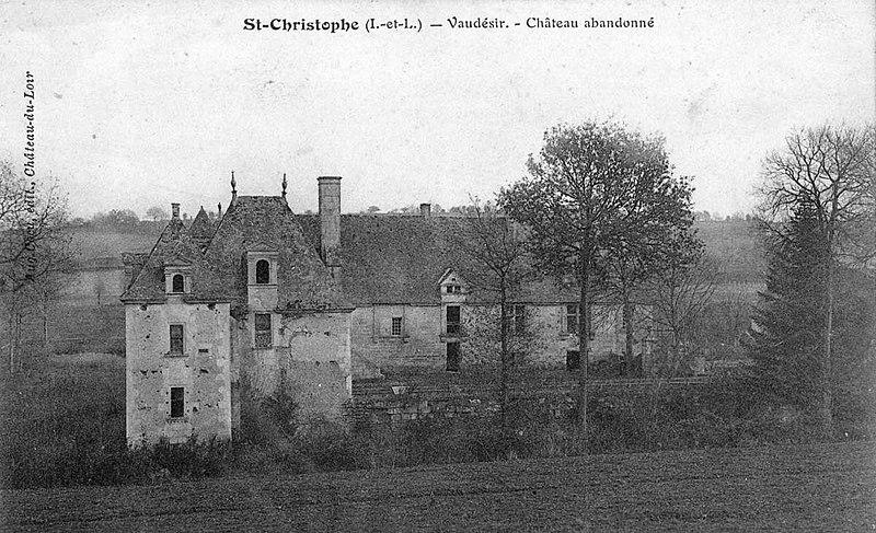 Photo du Monument Historique Manoir de Vaudésir situé à Saint-Christophe-sur-le-Nais