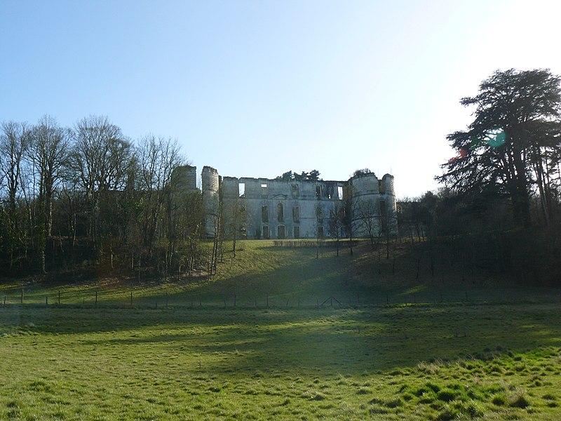 Photo du Monument Historique Ancien château de Montgauger (ou Mongoger) situé à Saint-Epain