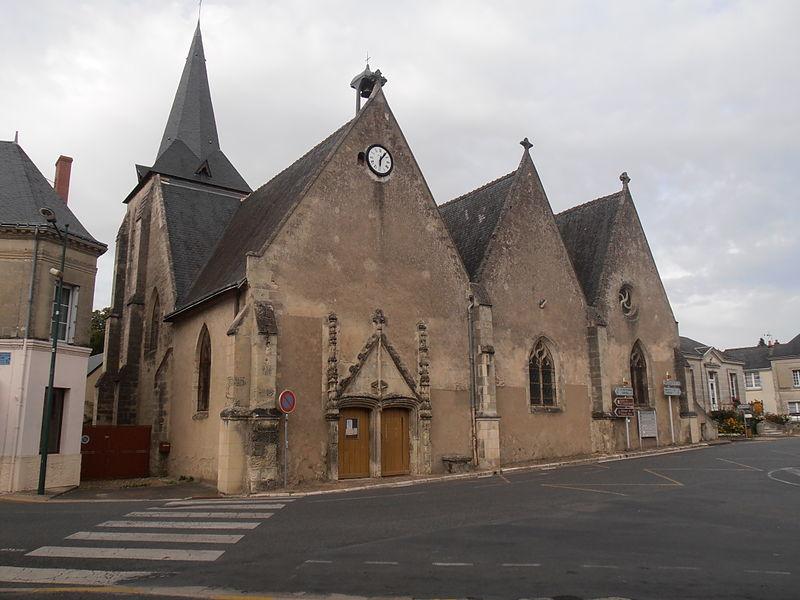 Photo du Monument Historique Eglise paroissiale Saint-Paterne situé à Saint-Paterne-Racan