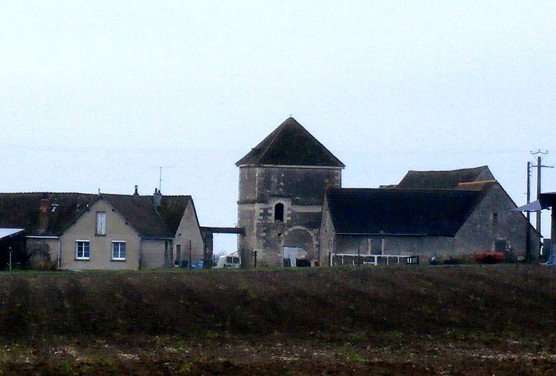 Photo du Monument Historique Ferme de Cours situé à Sublaines