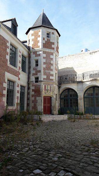 Photo du Monument Historique Ancienne aumônerie de Saint-Martin situé à Tours
