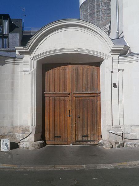 Photo du Monument Historique Ancienne chancellerie de la collégiale Saint-Martin situé à Tours