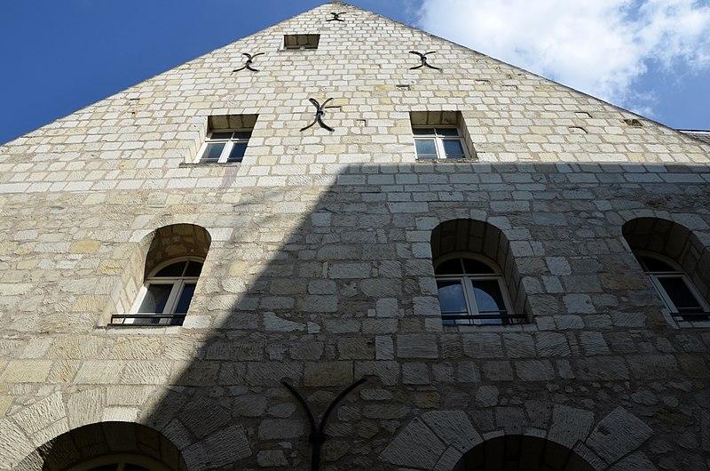 Photo du Monument Historique Ancienne chapelle du Petit-Saint-Martin, actuellement annexe de l'Ecole des Beaux-Arts de Tours situé à Tours