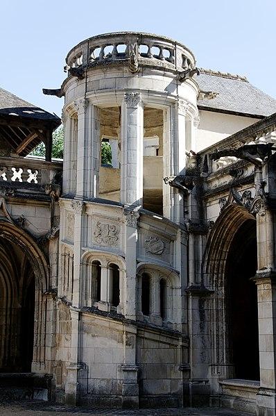 Photo du Monument Historique Cloître Saint-Gatien dit La Psalette situé à Tours