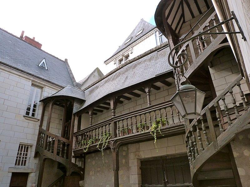 Photo du Monument Historique Maison, ou Hôtel Binet situé à Tours