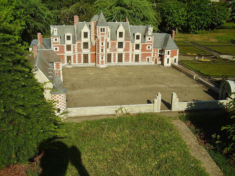 Photo du Monument Historique Château de Jallanges situé à Vernou-sur-Brenne
