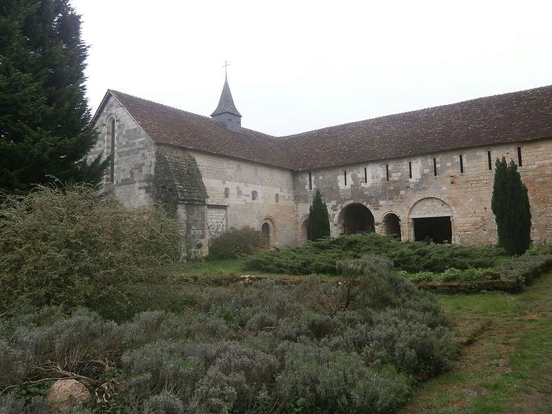 Photo du Monument Historique Prieuré Notre-Dame et Saint-Etienne de Villiers situé à Villeloin-Coulangé