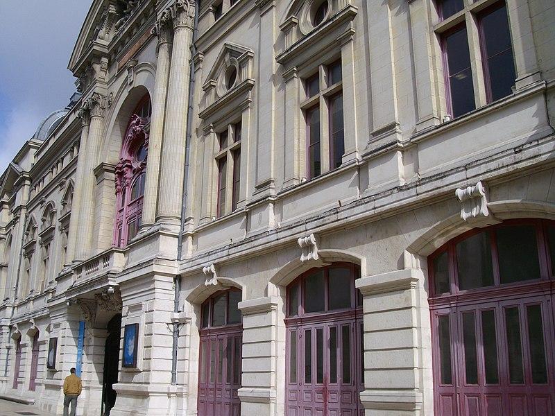 Photo du Monument Historique Théâtre municipal situé à Tours