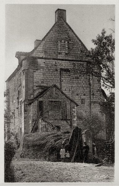 Photo du Monument Historique Château de Bossay situé à Bossay-sur-Claise