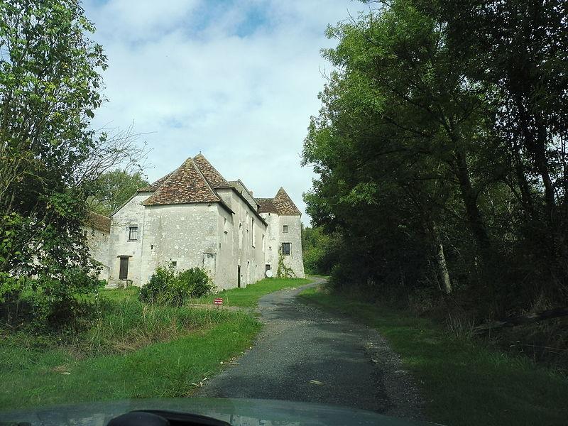 Photo du Monument Historique Manoir de Thou situé à Yzeures-sur-Creuse