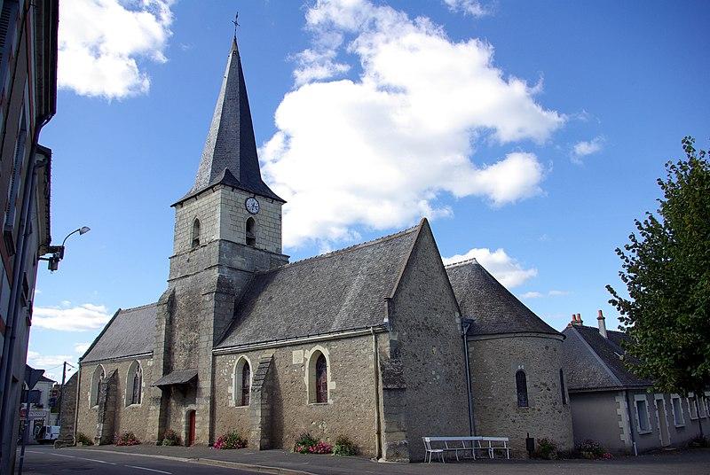 Photo du Monument Historique Eglise Saint-Martin situé à Lignières-de-Touraine