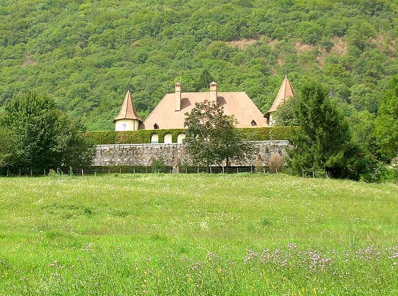 Photo du Monument Historique Château du Fayet situé à Barraux