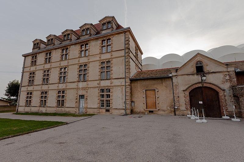 Photo du Monument Historique Château situé à La Côte-Saint-André