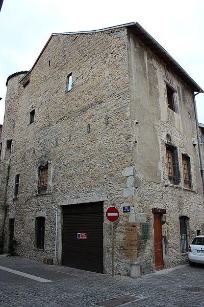 Photo du Monument Historique Maison de la Poype situé à Crémieu