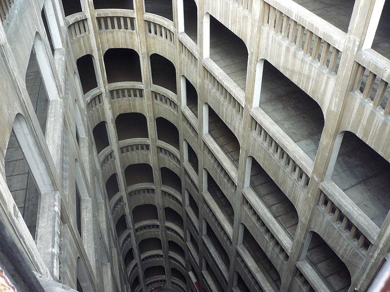 Photo du Monument Historique Garage hélicoïdal situé à Grenoble