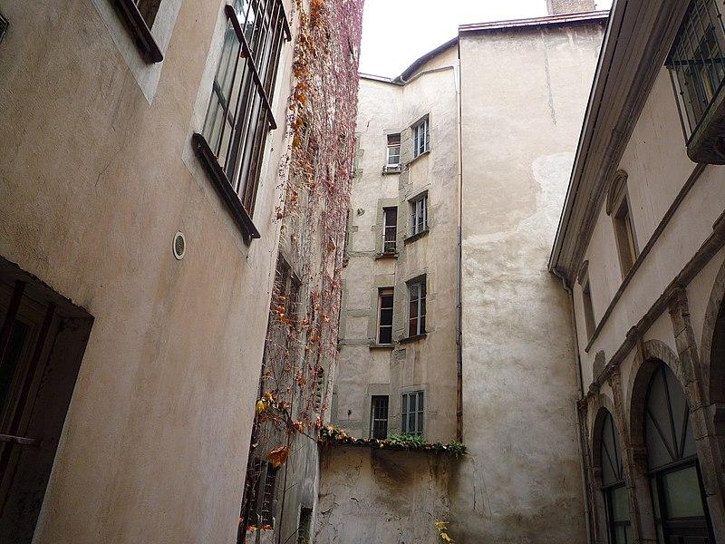 Photo du Monument Historique Hôtel du Bouchage situé à Grenoble