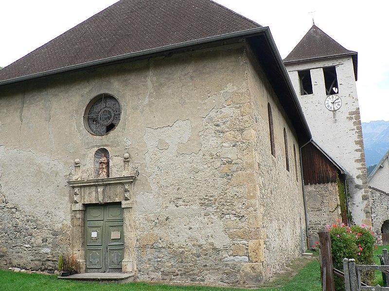 Photo du Monument Historique Eglise Saint-Etienne situé à Laval