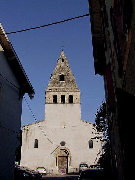 Photo du Monument Historique Eglise Saint-Pierre situé à Moirans