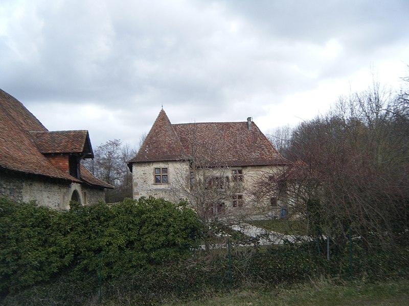 Photo du Monument Historique Château situé à Montrevel