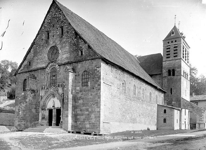 Photo du Monument Historique Eglise Saint-Theudère situé à Saint-Chef