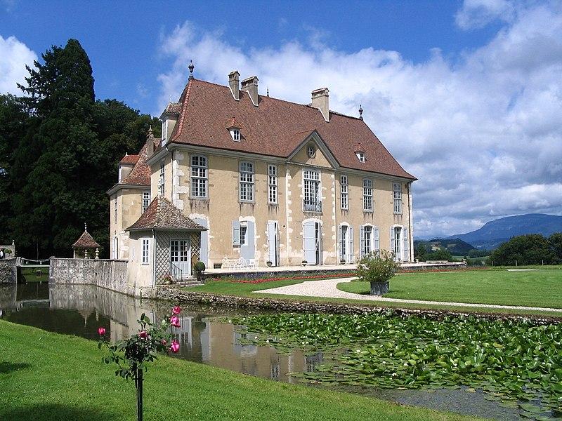 Photo du Monument Historique Domaine de Longpra situé à Saint-Geoire-en-Valdaine