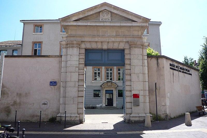 Photo du Monument Historique Ancien évêché situé à Grenoble