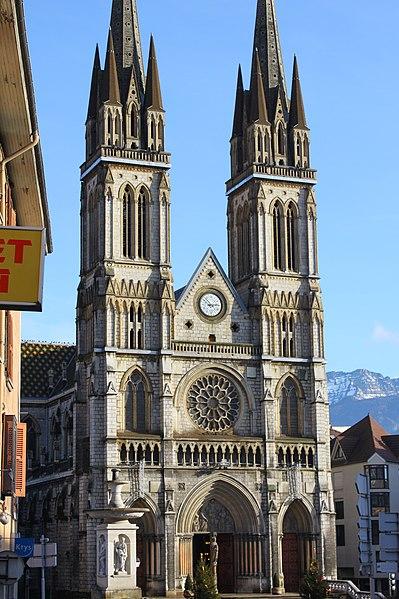 Photo du Monument Historique Eglise Saint-Bruno situé à Voiron