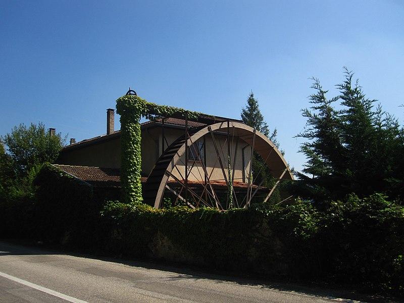 Photo du Monument Historique Moulin situé à Nantoin