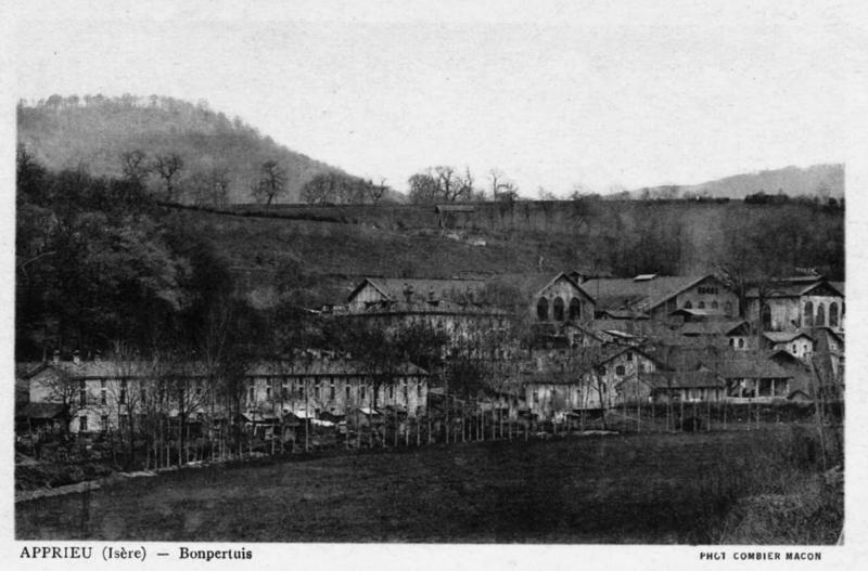 Photo du Monument Historique Forges de Bonpertuis situé à Apprieu