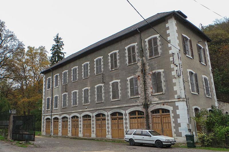 Photo du Monument Historique Ancienne grande fabrique situé à Renage