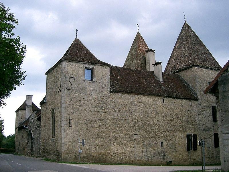 Photo du Monument Historique Maison du 16s, dite La Chevana d'Or situé à Arlay