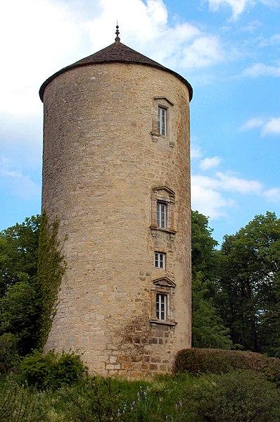 Photo du Monument Historique Château situé à Clairvaux-les-Lacs