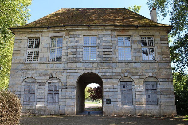 Photo du Monument Historique Pavillon de l'Arquebuse situé à Dole
