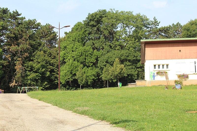 Photo du Monument Historique Tumulus situé à Lons-le-Saunier