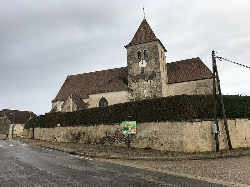 Photo du Monument Historique Eglise situé à La Loye
