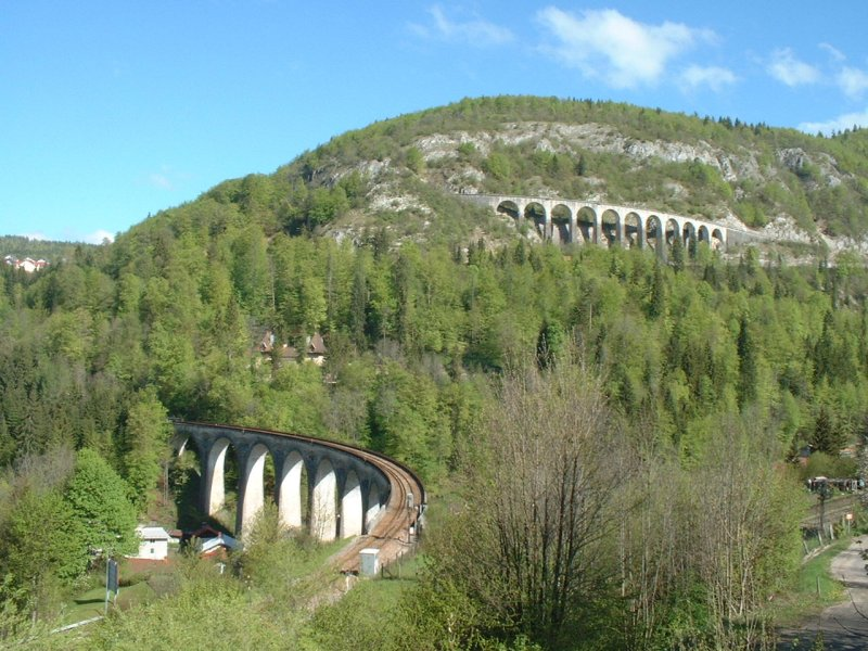 Photo du Monument Historique Viaduc situé à Morez