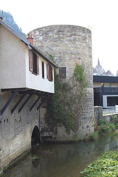 Photo du Monument Historique Tour de Flore situé à Salins-les-Bains