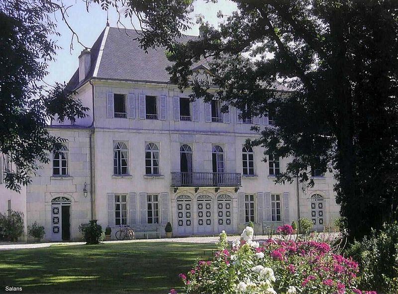 Photo du Monument Historique Château situé à Salans