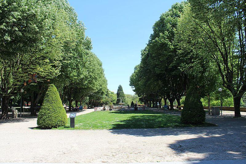 Photo du Monument Historique Cours Saint-Mauris situé à Dole