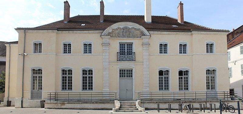 Photo du Monument Historique Hôtel de Balay situé à Lons-le-Saunier
