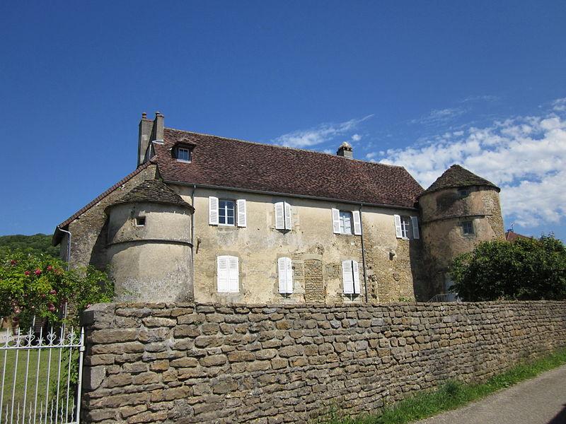 Photo du Monument Historique Château situé à Menétru-le-Vignoble
