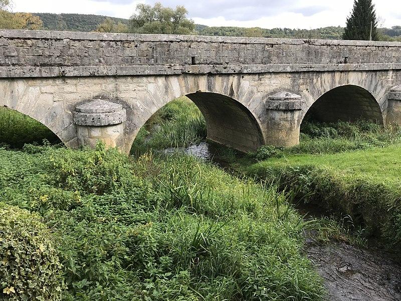 Photo du Monument Historique Pont de Pont des Vents sur le Suran situé à Montfleur