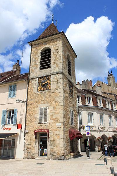 Photo du Monument Historique Beffroi dit tour de l'Horloge situé à Lons-le-Saunier