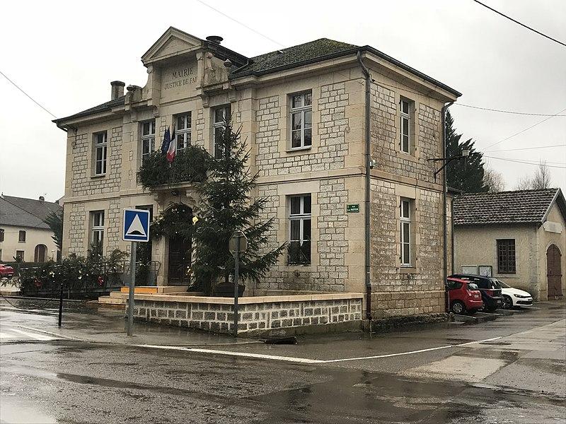 Photo du Monument Historique Mairie - Justice de paix situé à Villers-Farlay