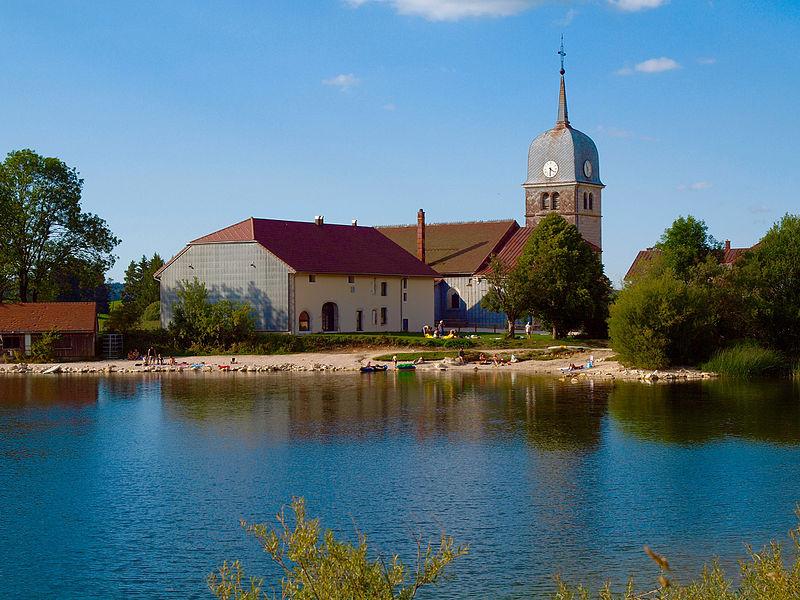 Photo du Monument Historique Abbaye en Grandvaux situé à Grande-Rivière