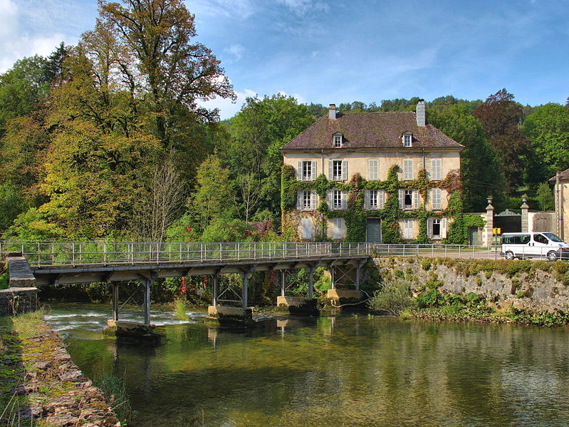 Photo du Monument Historique Demeure de maître de forges situé à Bourg-de-Sirod