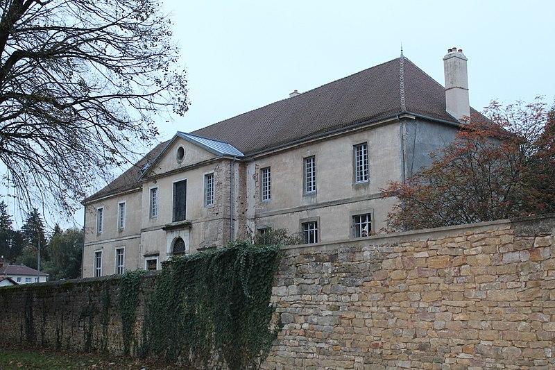 Photo du Monument Historique Couvent des Capucins, puis hôpital situé à Saint-Amour