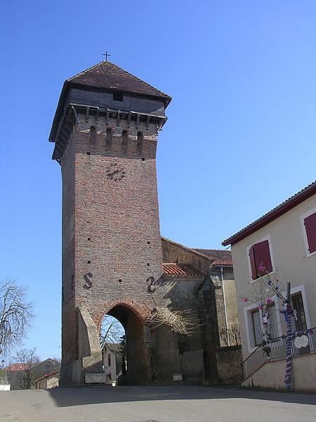 Photo du Monument Historique Eglise Saint-Martin situé à Hontanx