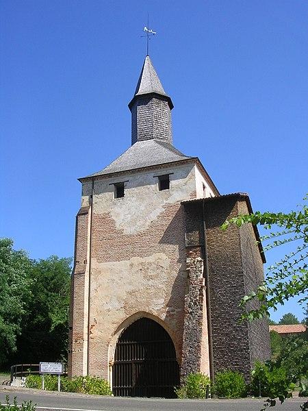 Photo du Monument Historique Ancienne église prieurale situé à Mimizan