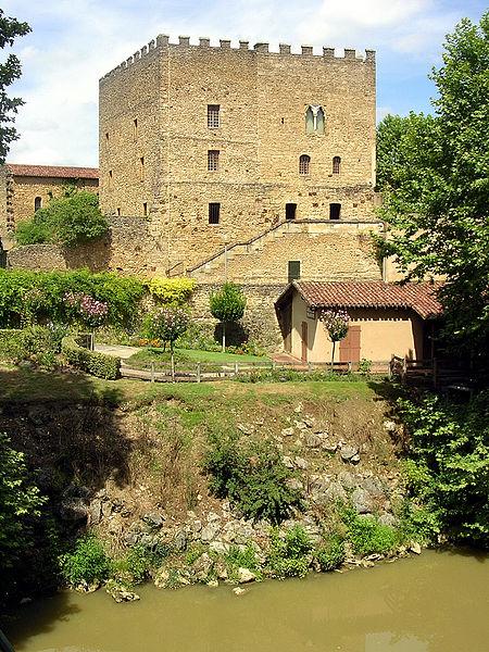 Photo du Monument Historique Ancien Donjon de Lacataye situé à Mont-de-Marsan